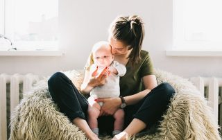 6 Tips for Parents with a Clingy Toddler